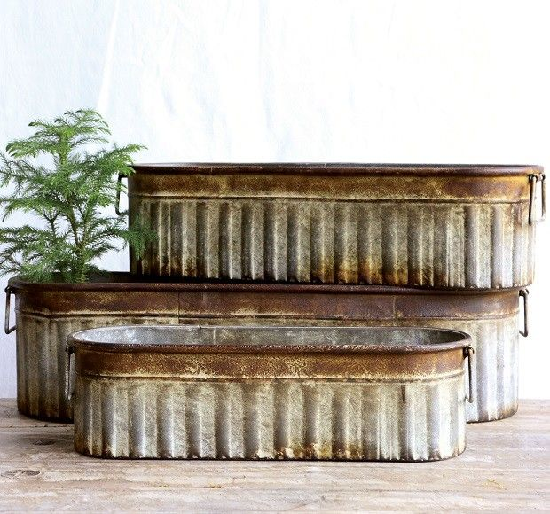 Rustic metal planters rustic metal buckets oblong for Rustic galvanized buckets