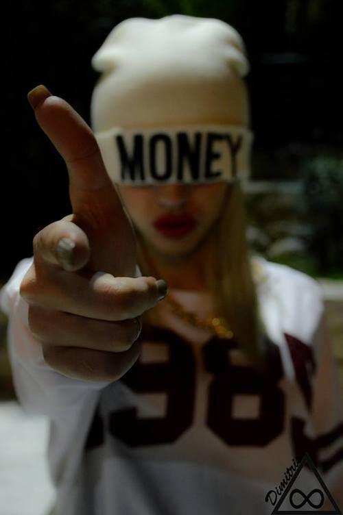 money fashion swaggirl