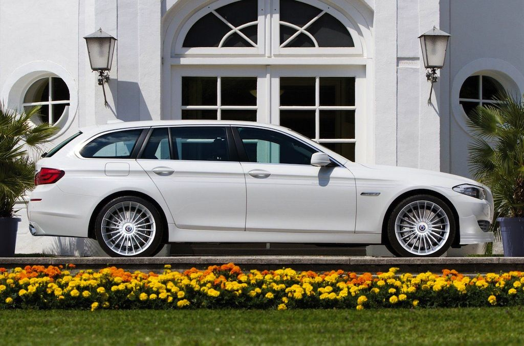 F11 Alpina-BMW B5 Bi-Turbo Touring. The new M5 will be a sedan only, so should want something quicker than a 550i Touring, this is it