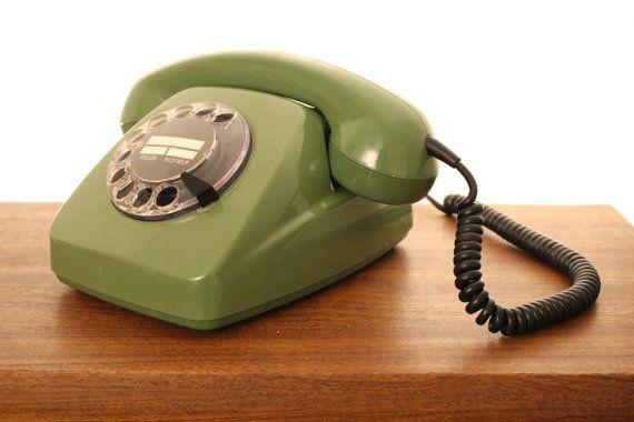 Vintage Green German Hagenuk KIEL 70's rotary telephone