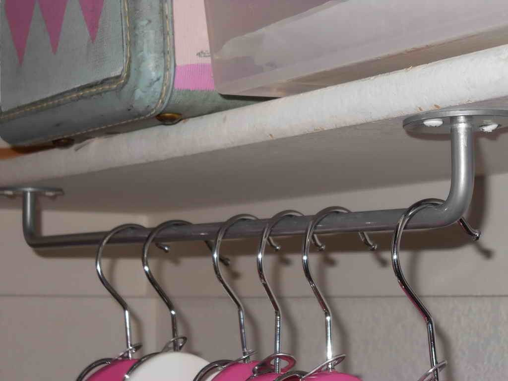 Laundry Room Ideas For Hanging Wet Clothes | Hanging storage ...