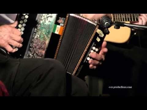 Kilfenora Céilí Band with Dancing: Traditional Irish Music