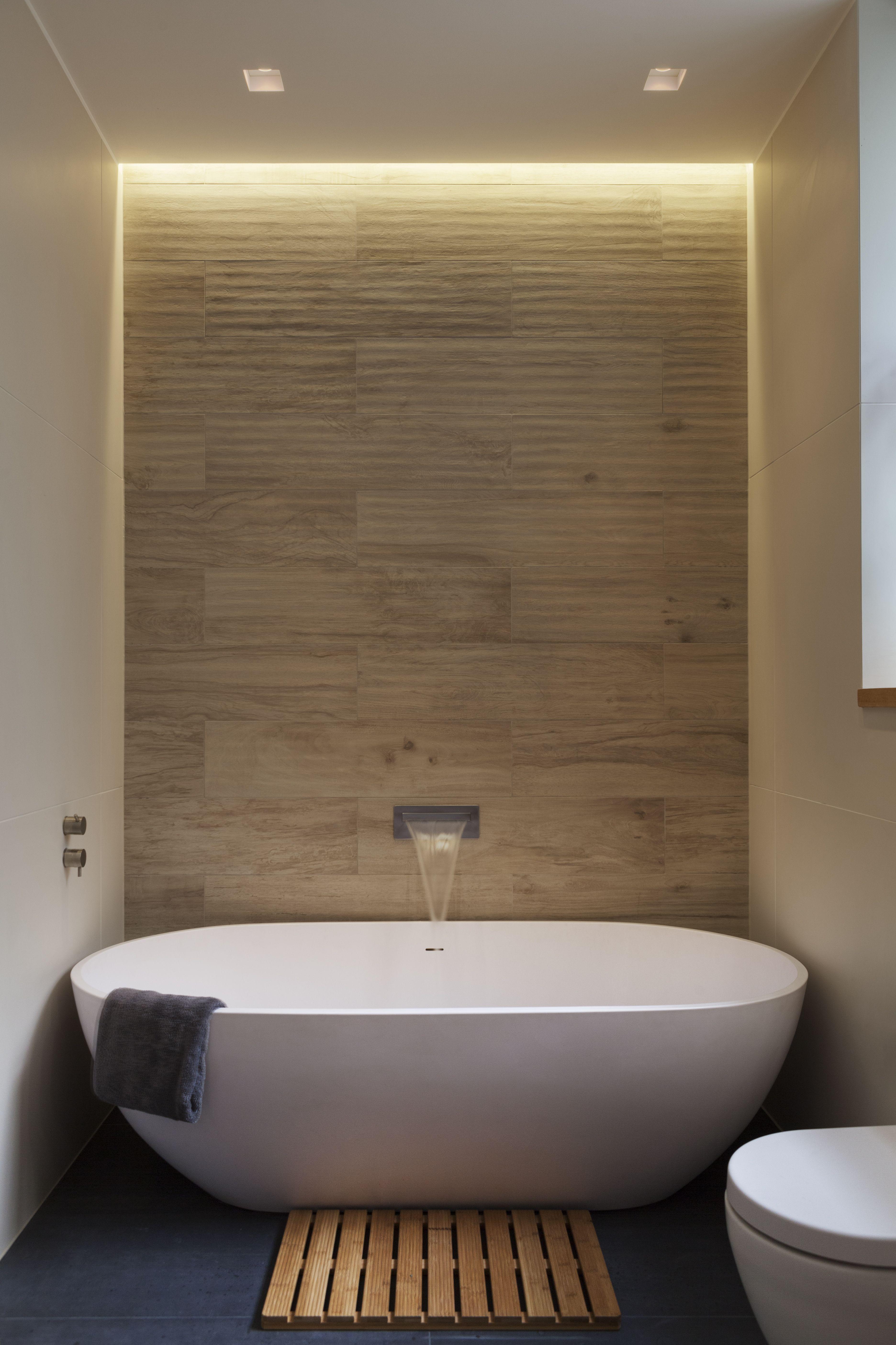 Create A Luxurious Bathrooms Luxuriousbathrooms Luxury Bathroom Ideas Luxury Bathroom Bathroom I Bathroom Design Inspiration Luxury Bathroom Modern Bathroom