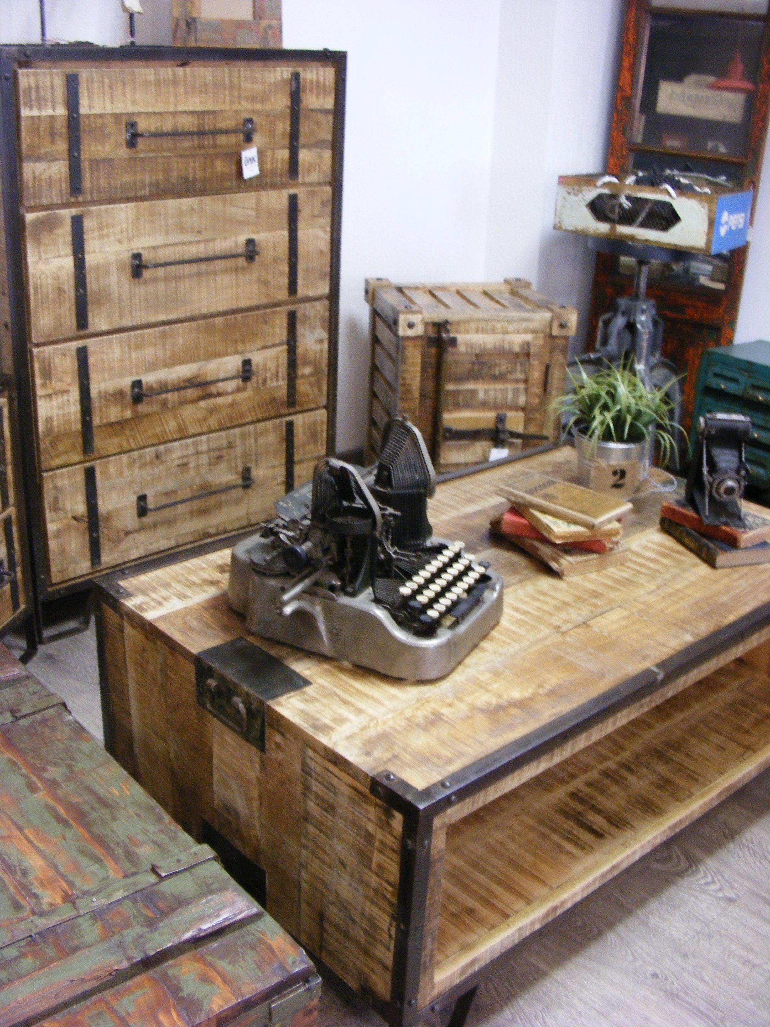 Muebles vintage en madera reciclada de acacia nik for Muebles con madera reciclada