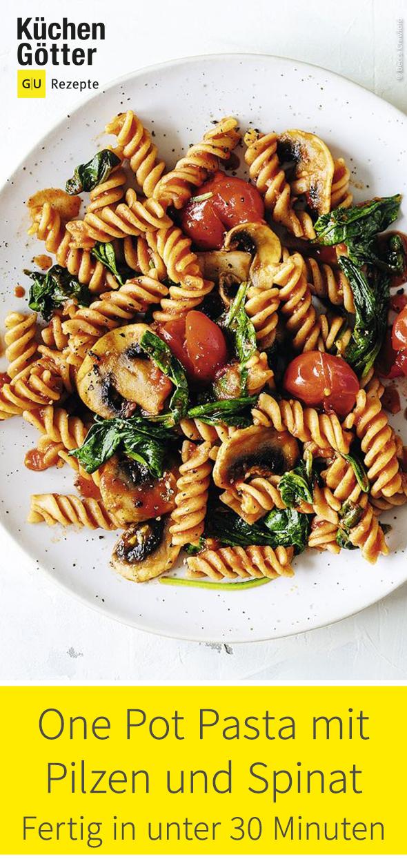 Gutes und Gesundes kann so einfach sein. Wie zum Beispiel diese One Pot Pasta mit Pilzen und Spinat!