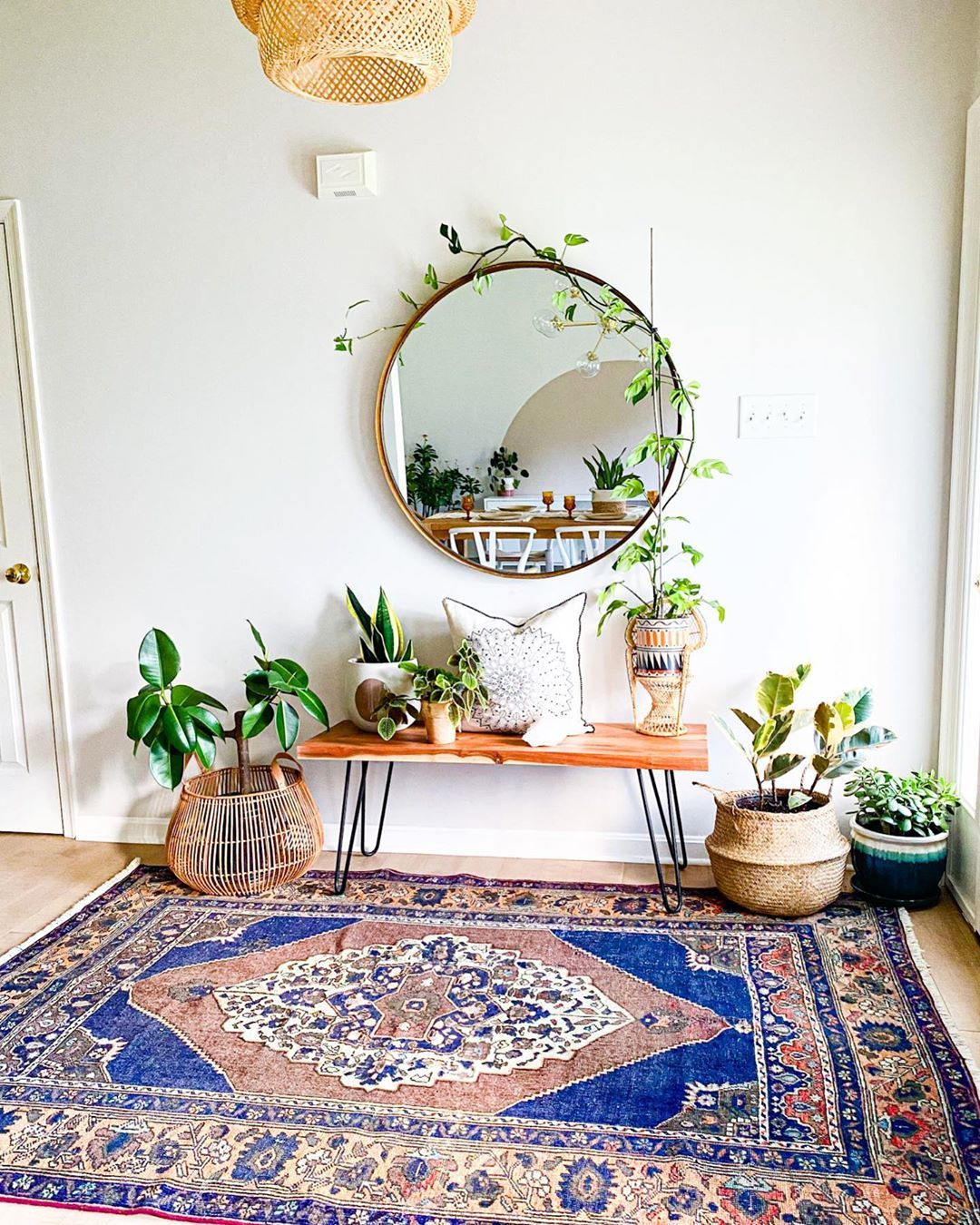 double tap if you're getting rug envy just seeing this view, too! •⁠ •⁣⁣⁠⁠ 📷 @vintagethreadsco •⁣⁣⁠ •⁠ #thenewbohemians #boldbohemians #vintagerug #eclecticdecor #interiorrewilding #bohemiandecor #homesohard #showmeyourboho #eclectichome #mybohoabode #interior_delux #spotlightonmyhome #currenthomeview #interiorboom #entryway #myeclecticmix #myeclectichome #plantsmakemehappy #designsponge #howyouhome #bohohomedecor #interiorstyled #nesttoimpress #dailydecordetail
