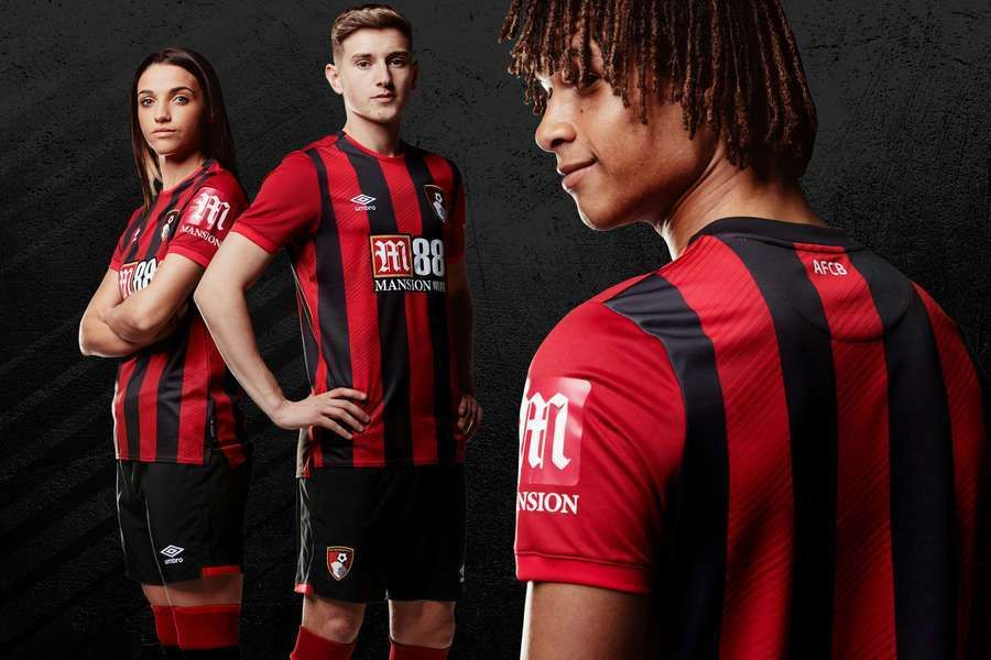 Afc Bournemouth 2019 10 Umbro Home Kit Football Fashion Org In 2020 Afc Bournemouth World Soccer Shop English Premier League