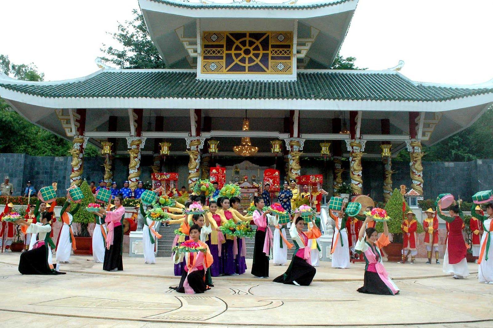 lễ hội bà chùa xứ