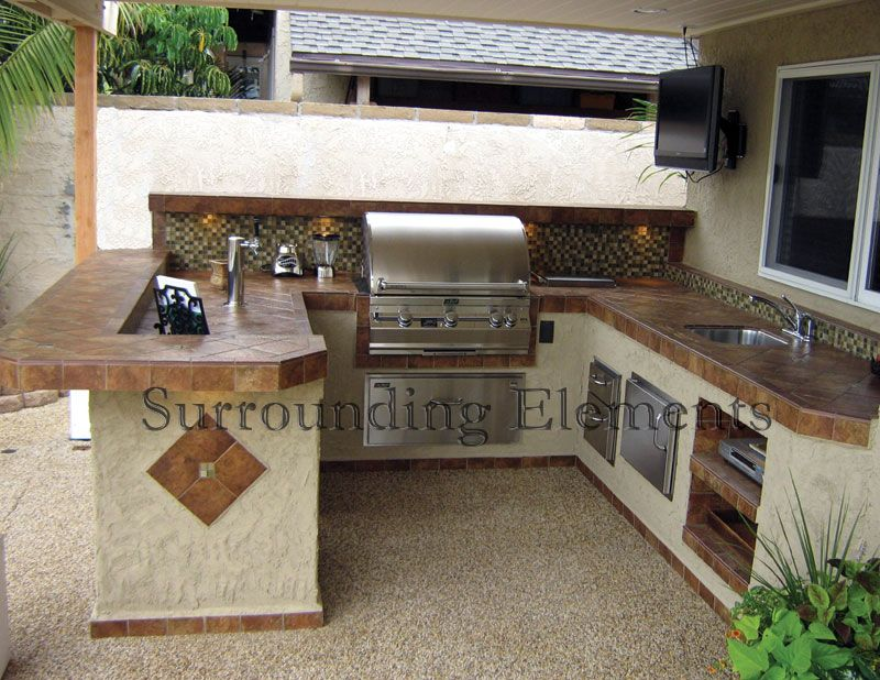Outdoor bbq 39 s best outdoor bbq kitchen on barbecue for Outdoor grill island ideas