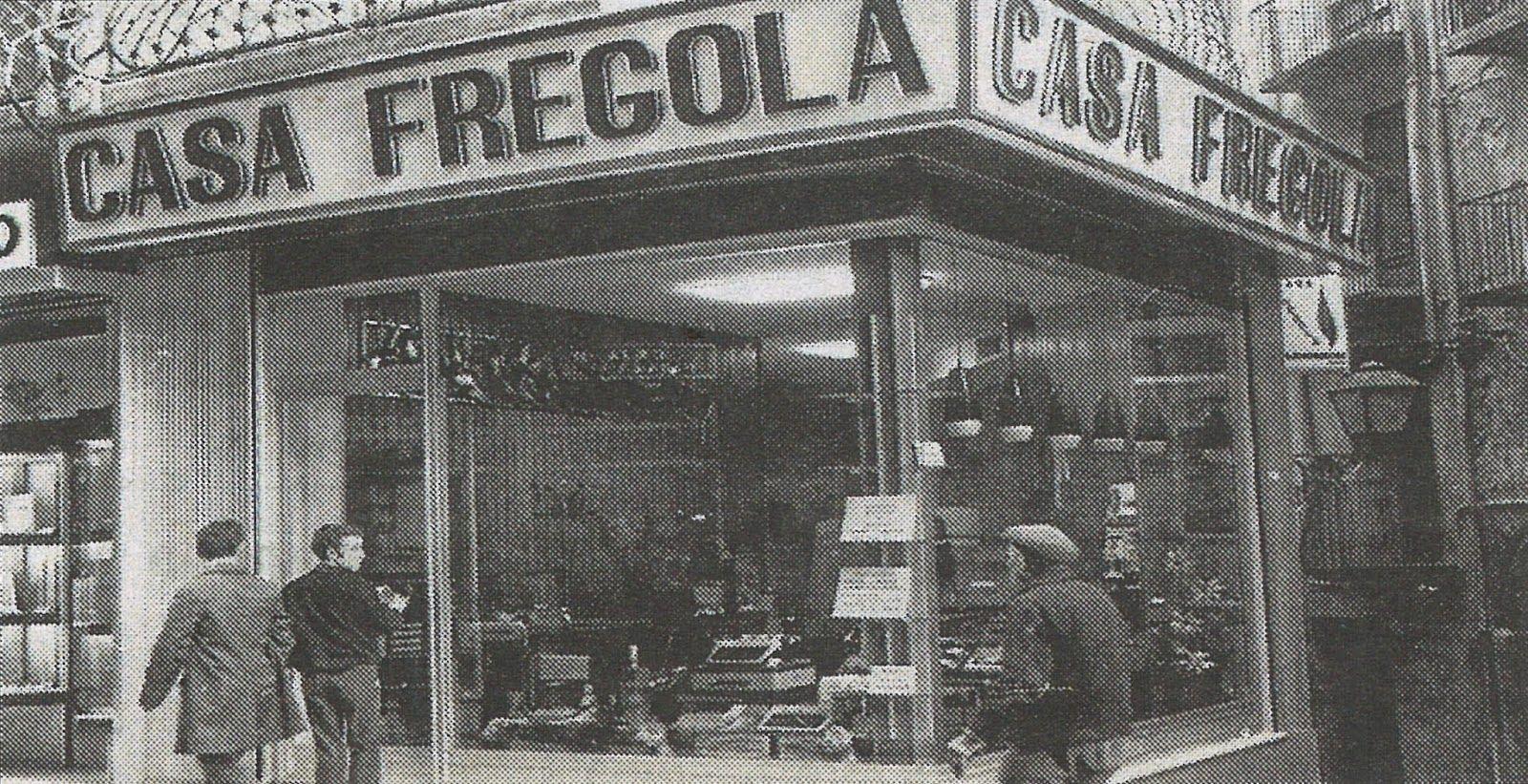 Lleida Casa Fregola la llibreria mes antiga de lleida  lleida fotos antigues  Pinterest