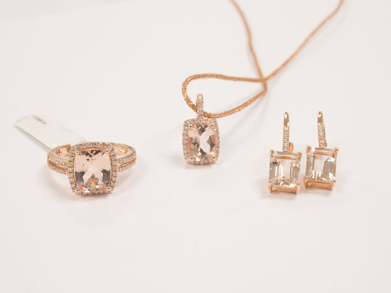 Morganite and rose gold jewellery Rings earrings and pendants