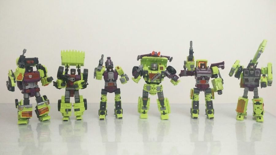 NEW Transformers NBK Devastator Transformation Boy Toy Oversize Action Figure