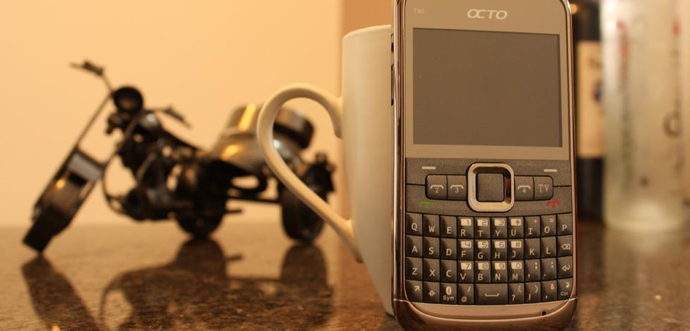 Octo T90 Lançamento do primeiro celular com 4 chips