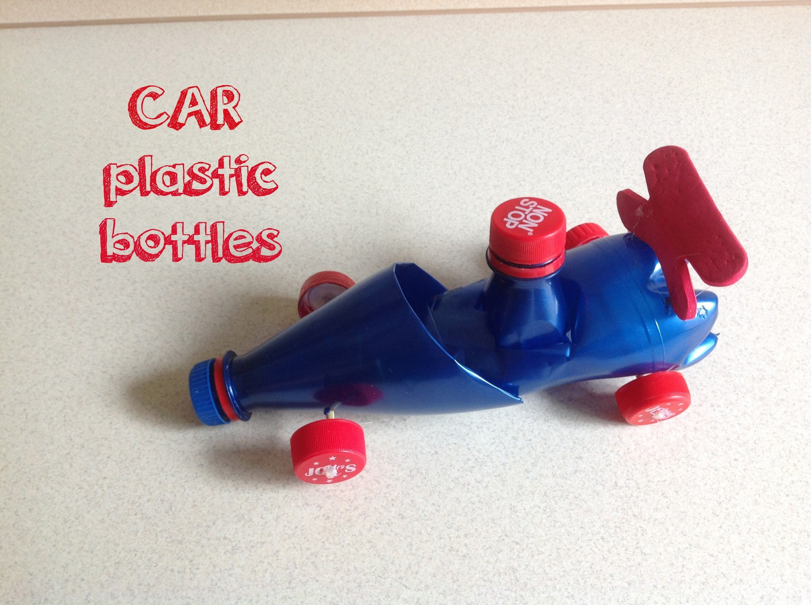 Racing car toy diy plastic bottles creative ideas for Bottle plastic diy