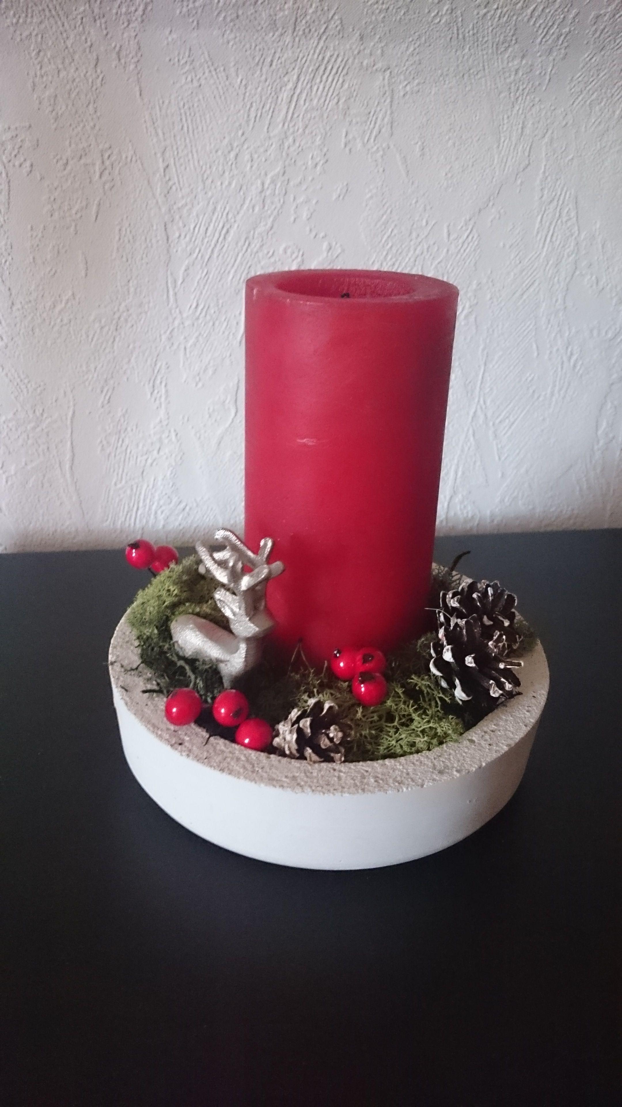 Betonschale Diy weihnachtsgesteck in schlichter betonschale made by me l