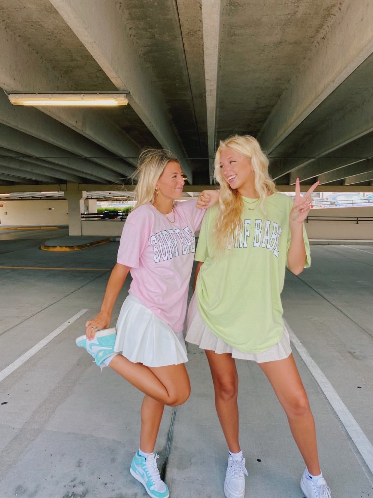 SURF BABE TEE - light green / medium