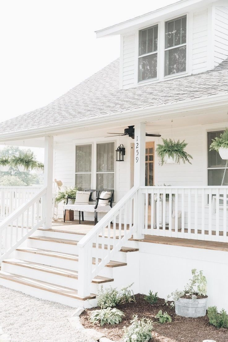 16 Enchanting Modern Entrance Designs That Boost The Appeal Of The Home: Farmhouse Exterior, House Exterior, Farmhouse Front