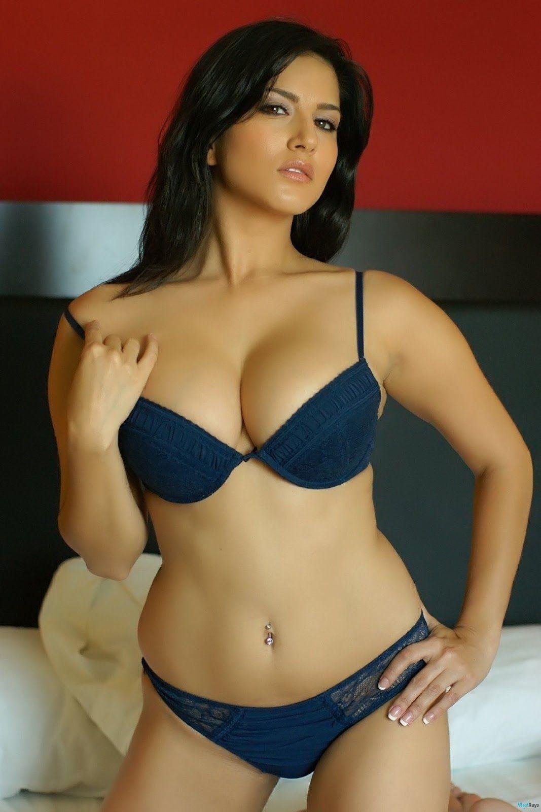 Bharatbytes Sunny Leone Bikini Photoshoot