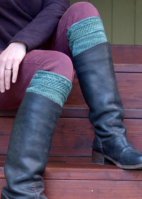 Ravelry: Redox boot cuffs pattern by Elizabeth Doherty