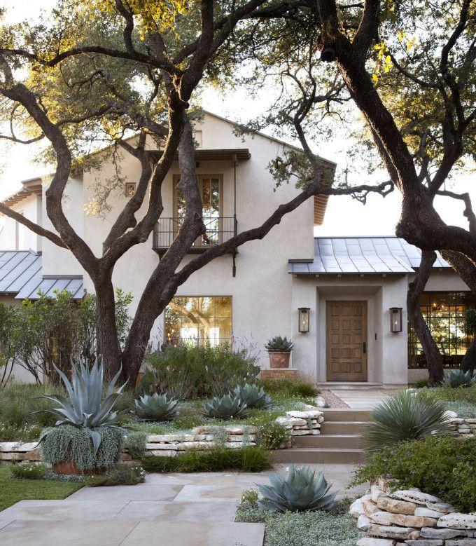 Rustic-Meets-Modern Texas Home {Slideshow}