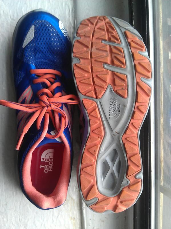 The North Face S Hyper Track Guide Is A Versatile Flexible Shoe That Performs Well On The Roads And Smoother Tra Flexible Shoes Running Sneakers Running Shoes
