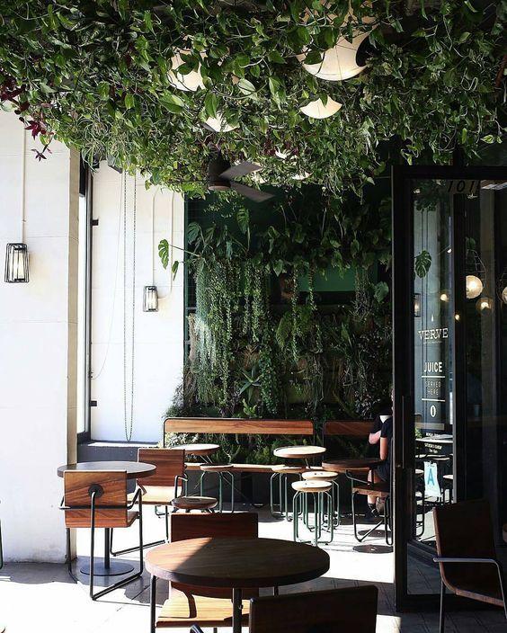 A La Tete D Or 6 Rue Des Lavandieres Sainte Opportune Paris 1