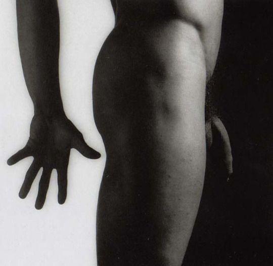 Resultado de imagen de Foto sin título (desnudo masculino), 1981, por Robert Mapplethorpe