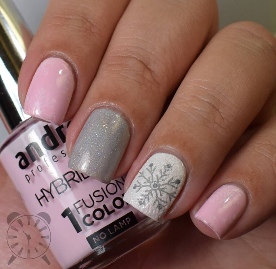 The Clockwise Nail Polish: Andreia HybridGEL - Fusion Color Review