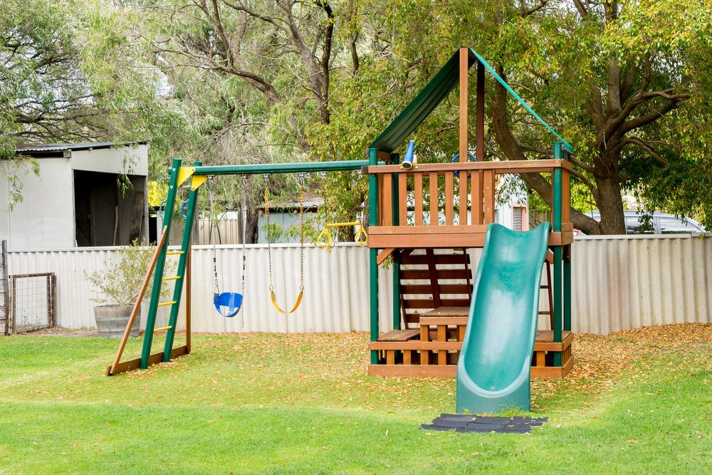 34 Amazing Backyard Playground Ideas And Photos For The Kids Of Course Backyard Playground Green Backyard Backyard For Kids