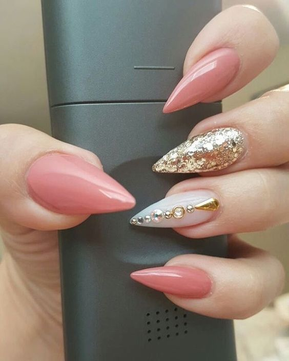 70 Cool And Creative Stiletto Nail Art Designs Nails Pinterest