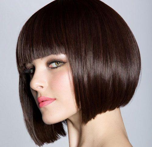 Immagini capelli corti color cioccolato