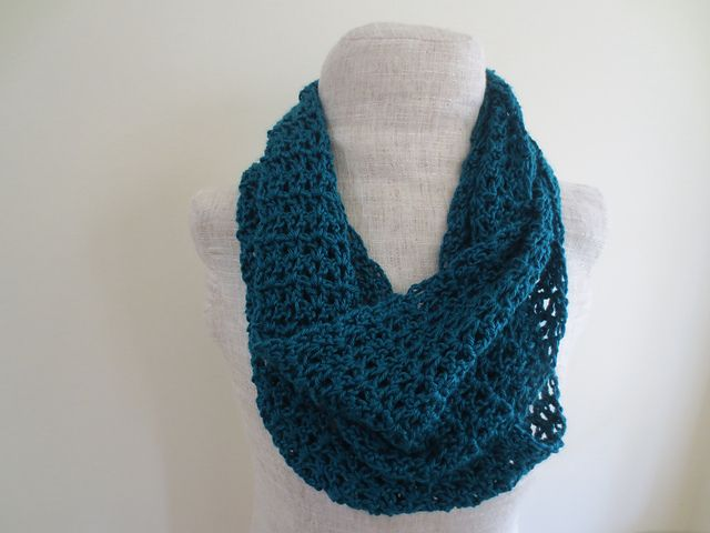 Ravelry Turquoise V Stitch Infinity Scarf Pattern By Undeniable