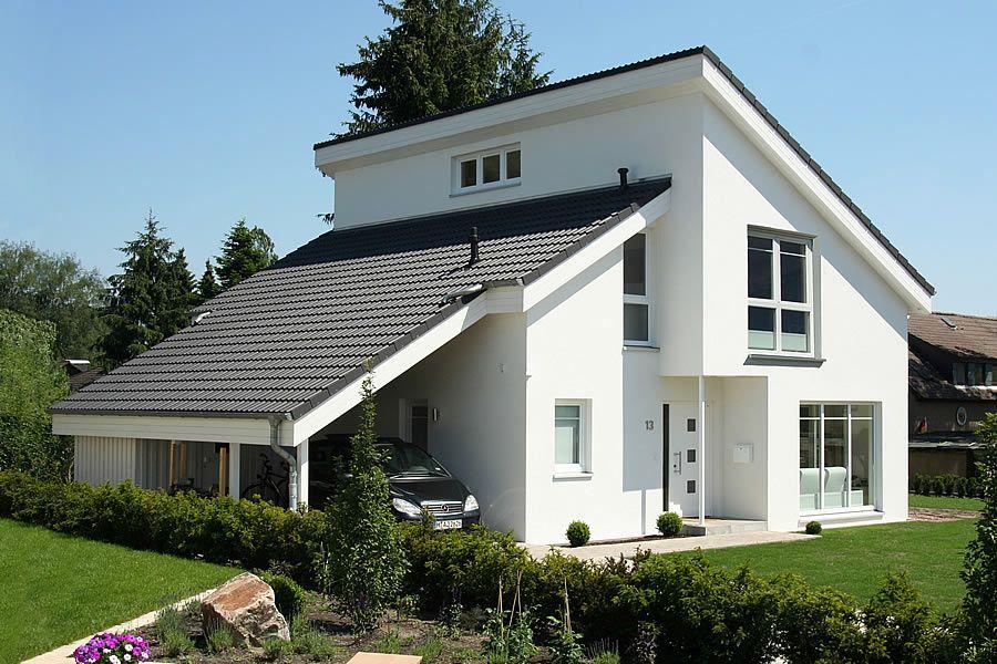 Haus bauen modern pultdach  OKAL Mansarddach #OKAL | Hausansichten außen | Pinterest ...