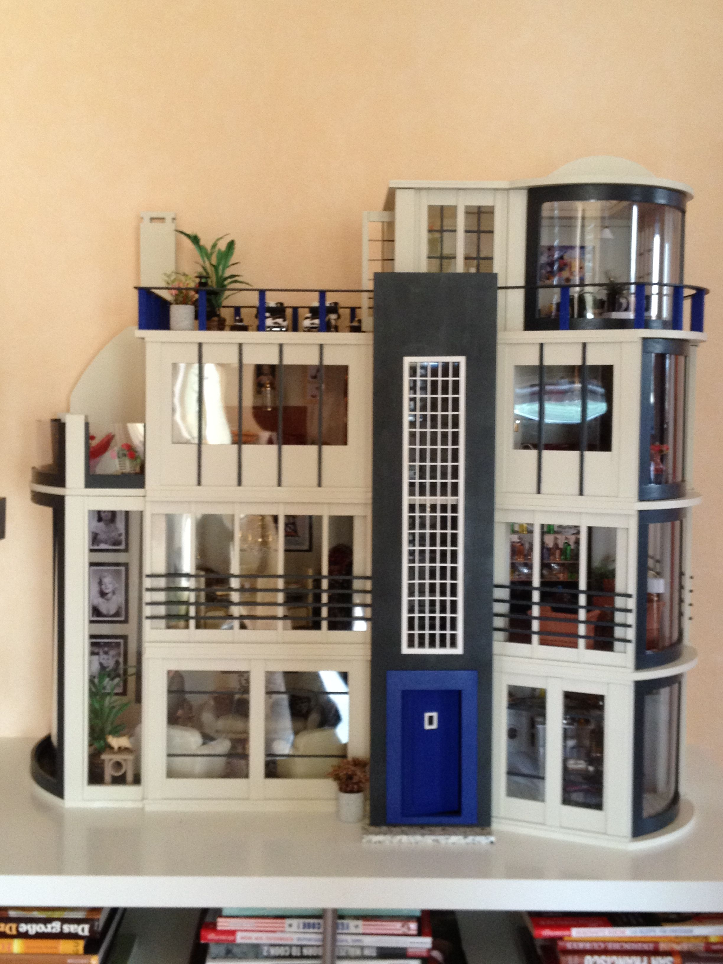 This is my modern version of the Malibu Beach Dollhouse kit by