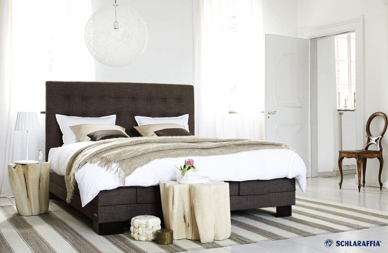 boxspring bett carmen von schlaraffia betthaupt mit aufwe schlaraffia boxspring kollektion. Black Bedroom Furniture Sets. Home Design Ideas