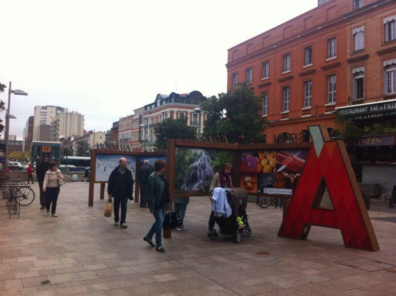 Esplanade Mitterand en el centro de la ciudad de Toulouse.