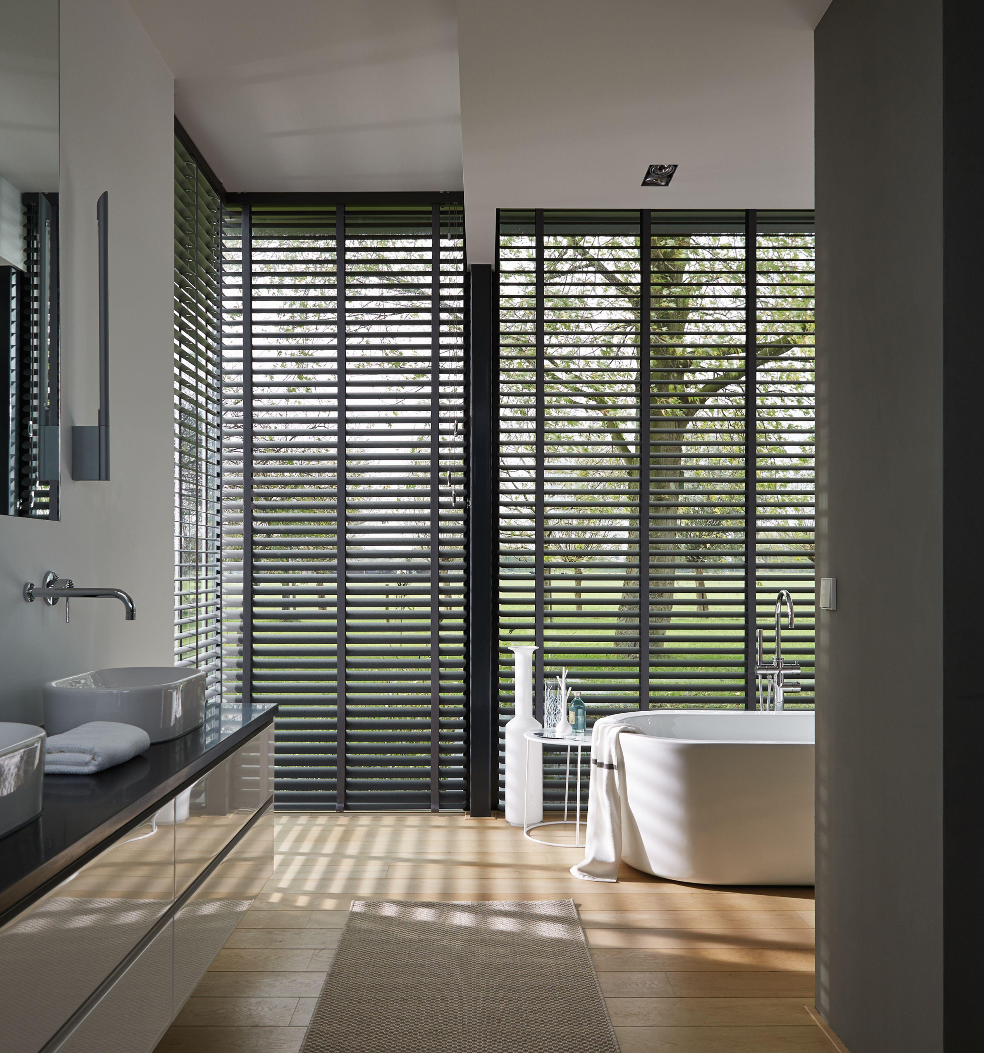 Horizontale jaloezieën Luxaflex - raambekleding | Pinterest ...