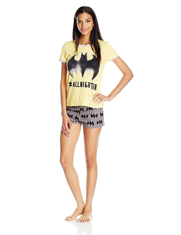 556909cc0613 Batgirl Juniors Plus Shorts Pajamas Set (Teen Adult) - Yellow ...