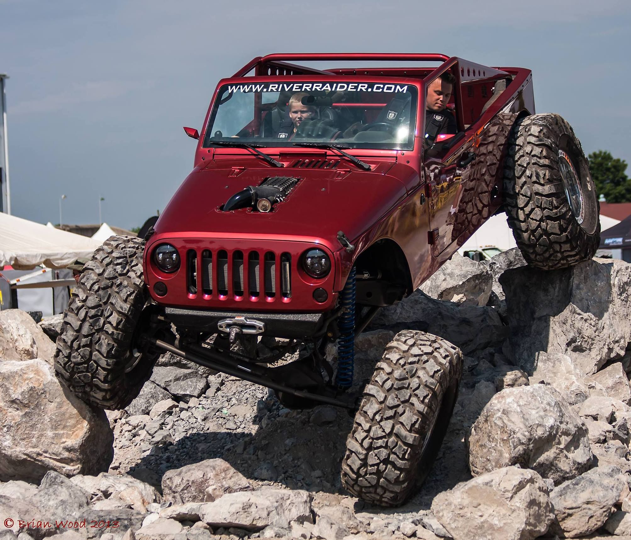 Hauk knows rocks! Project Phoinix by Hauk Designs at the York, PA All Breeds Jeep Show.