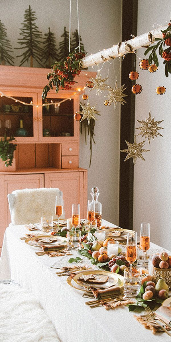 Ideas To Make Your Dinner Party Table Next Level With Images Christmas Table Decorations Christmas Table Settings Christmas Table