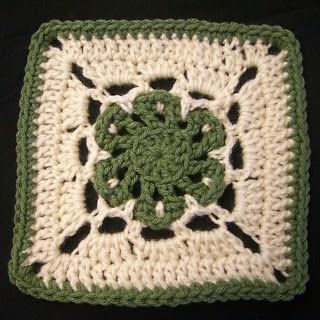 CROCHET PATTERN - Lazy Daisy Granny Square Motif. Thanks to Danyel Pink over at Crazysocks!