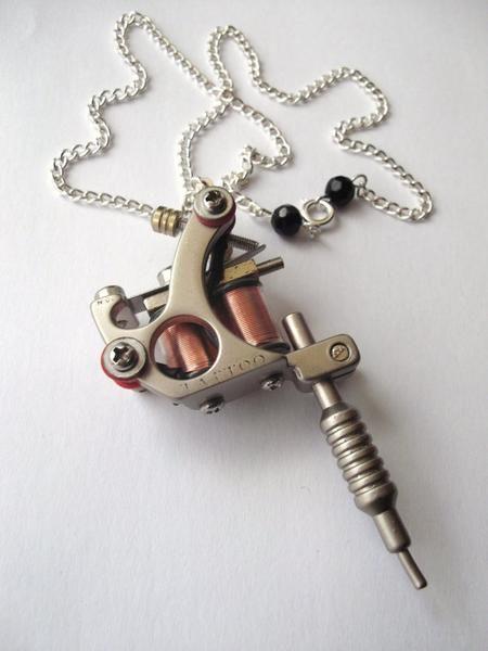 Silverpewter style tattoo machine pendant necklace with nape silverpewter style tattoo machine pendant necklace with nape piercing clasp detail tattoo aloadofball Image collections