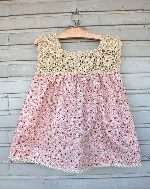 Renkli Ve Güzel Örgü Çocuk Elbise Modelleri