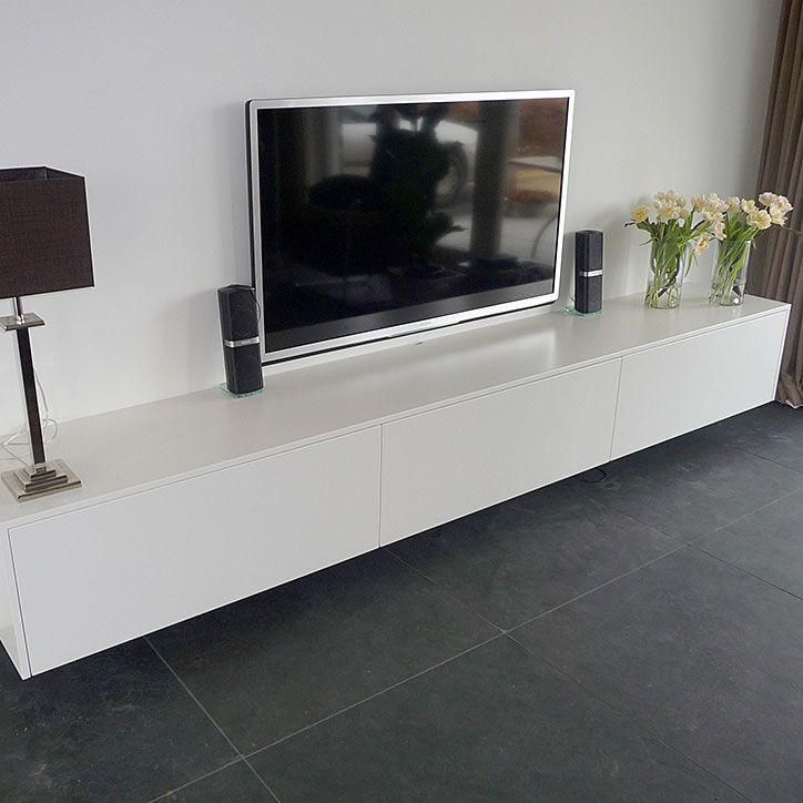 Afbeeldingsresultaat voor hangend tv meubel hoogglans wit