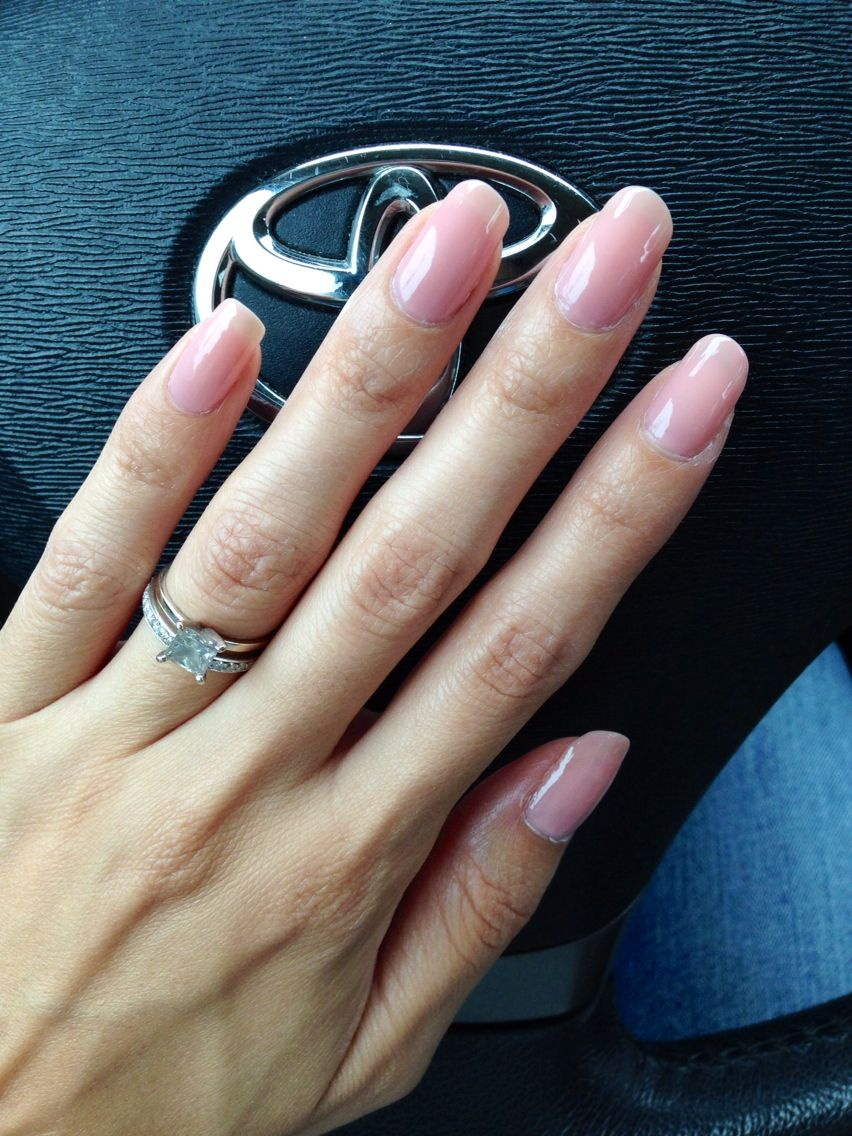 Essie BBF Best Boyfriend - This lacquer is a sheer and sophisticated ...