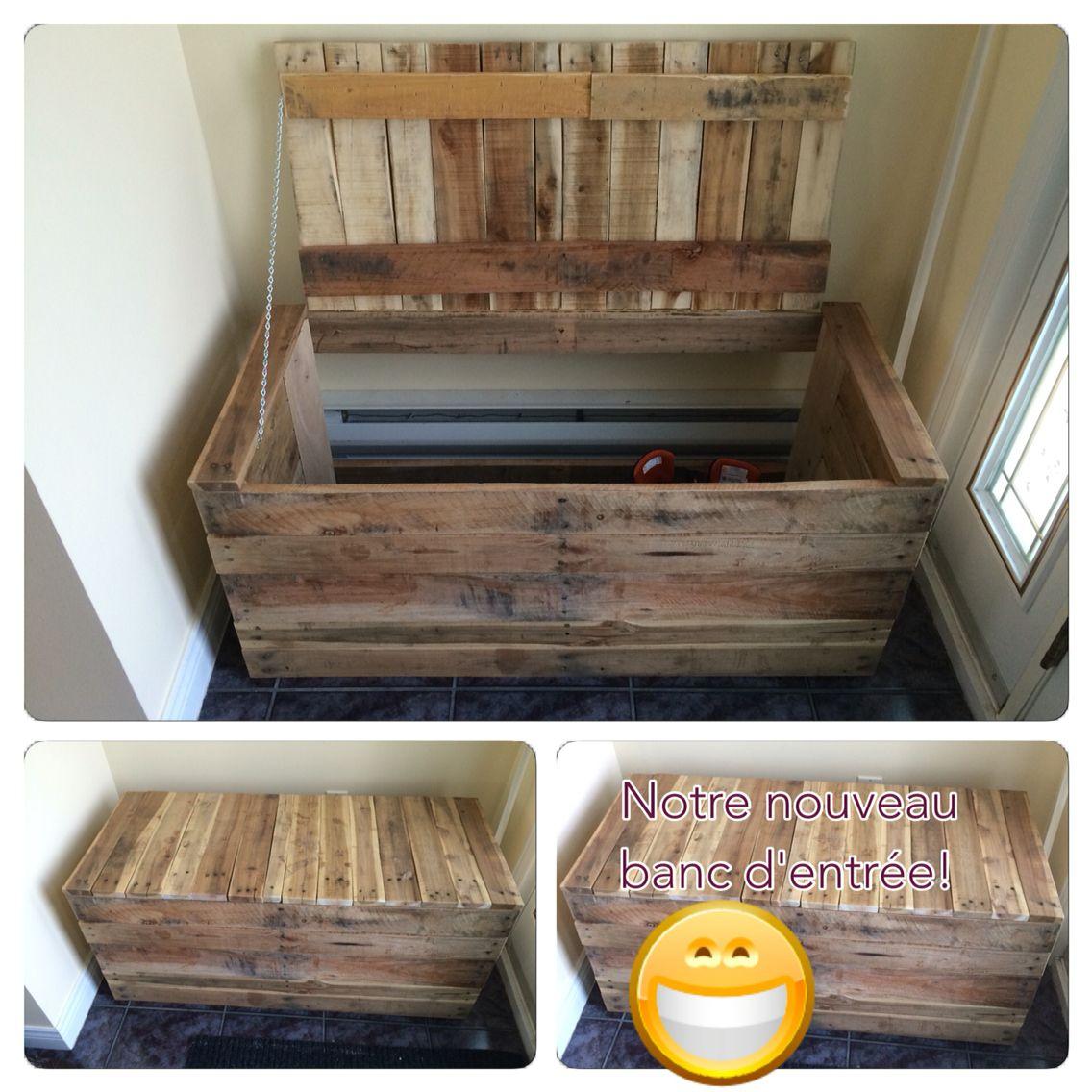 notre nouveau banc d 39 entr e fait maison avec du bois de palette nos cr ations pinterest. Black Bedroom Furniture Sets. Home Design Ideas