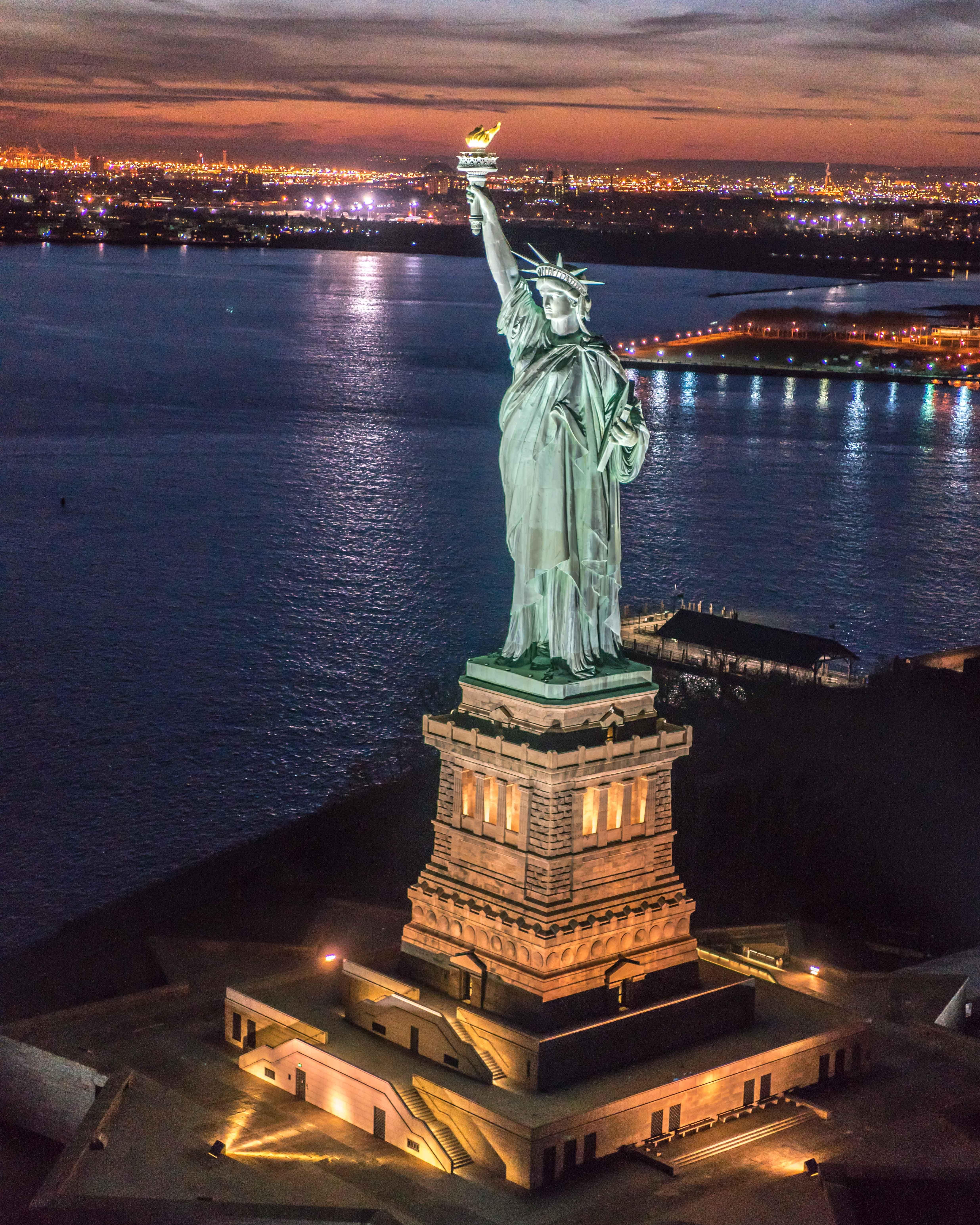 New York Sunset Wallpaper Statue Of Liberty