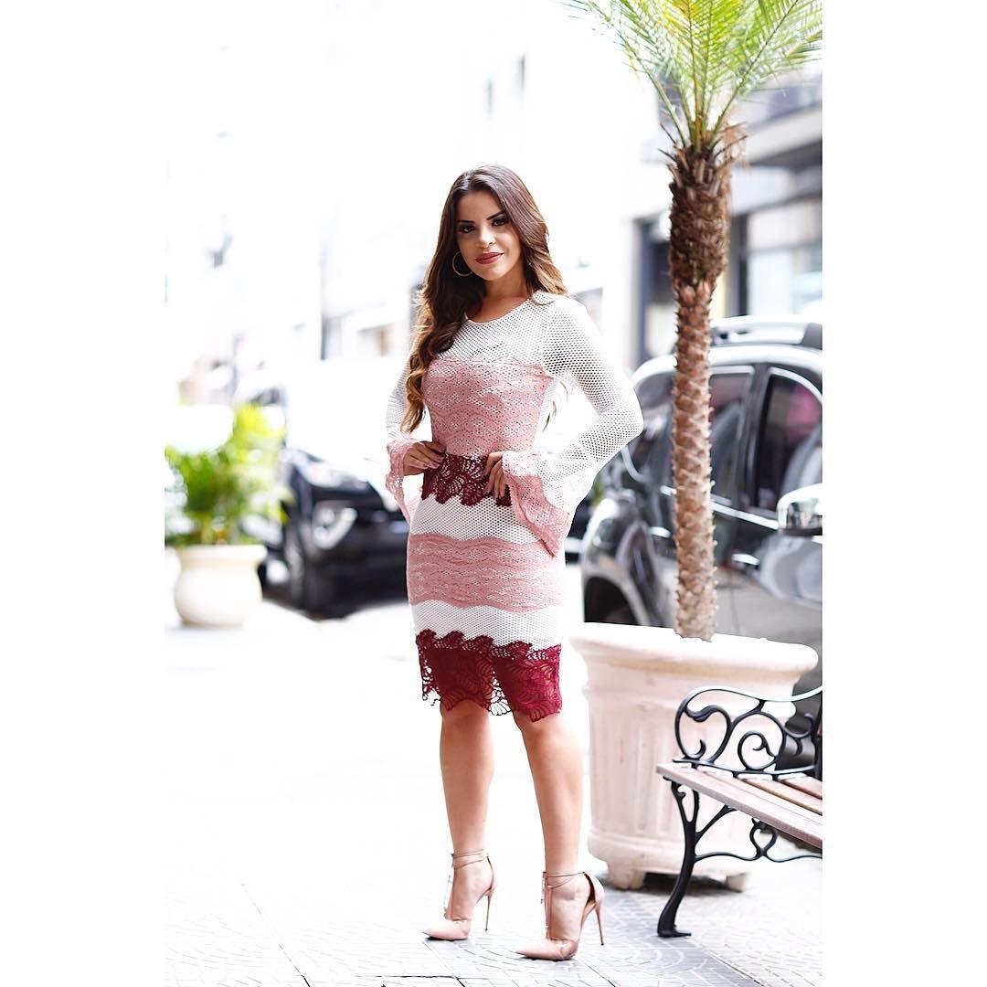 """Nini Store on Instagram  """"💛 Dress todo em tela com detalhes de renda !!  Tricolor e com manda sino 526305ea506"""