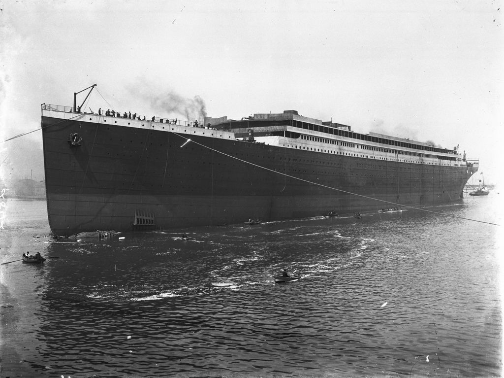 launch of the rms titanic  before fitting out  13 may 1911  at harland  u0026 wolff ship yard  queen