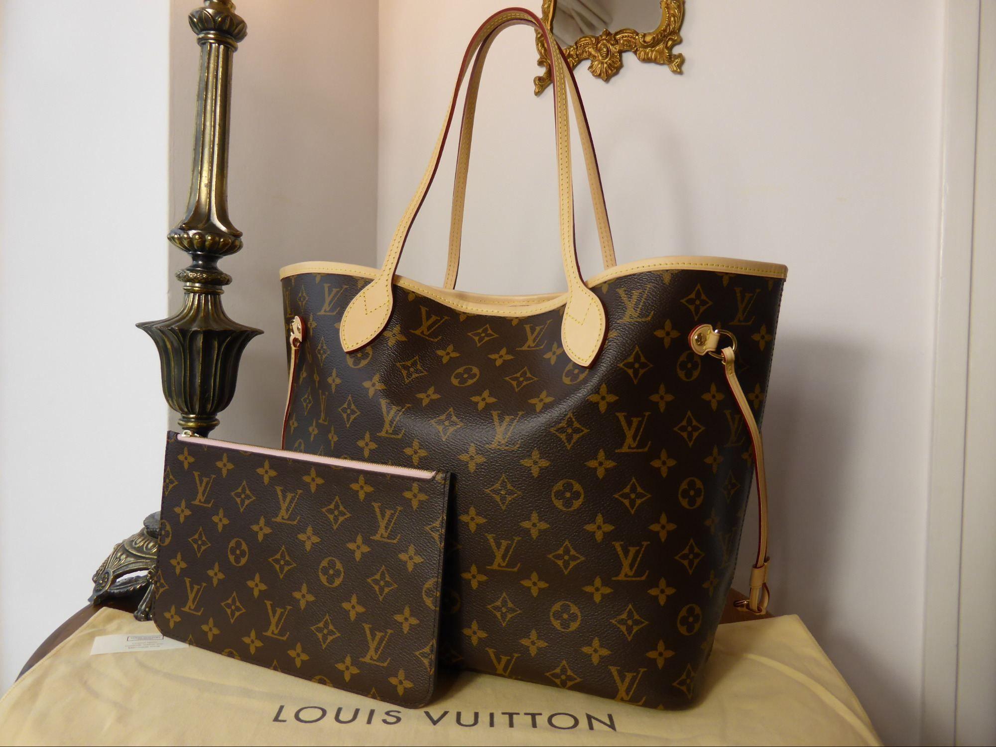 Louis Vuitton Neverfull MM Rose Ballerine Monogram > http
